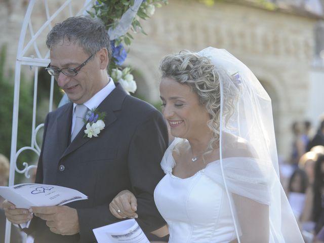 Il matrimonio di Fabrizio e Erica a Mogliano, Macerata 15