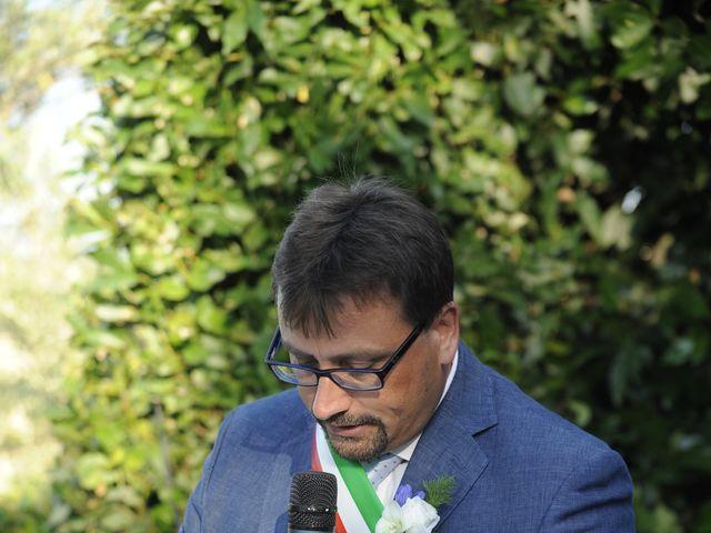 Il matrimonio di Fabrizio e Erica a Mogliano, Macerata 16