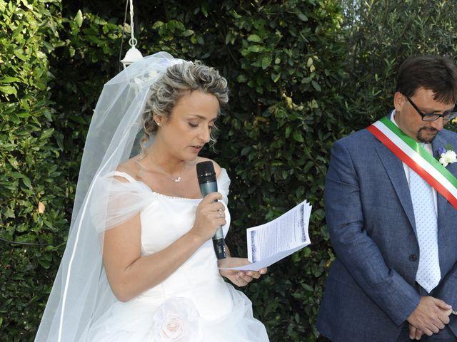 Il matrimonio di Fabrizio e Erica a Mogliano, Macerata 19