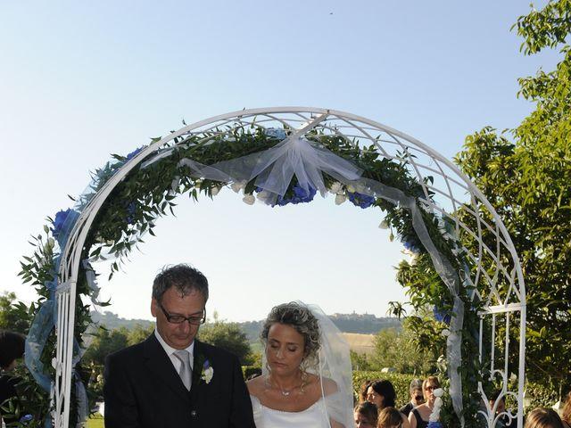 Il matrimonio di Fabrizio e Erica a Mogliano, Macerata 20