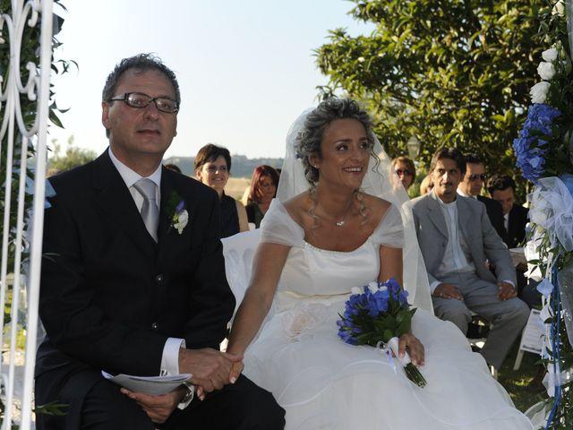Il matrimonio di Fabrizio e Erica a Mogliano, Macerata 22