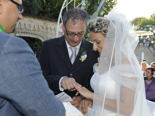 Il matrimonio di Fabrizio e Erica a Mogliano, Macerata 24