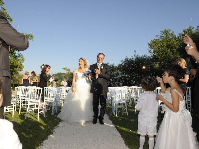 Il matrimonio di Fabrizio e Erica a Mogliano, Macerata 29