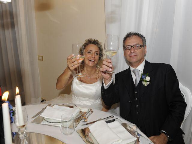Il matrimonio di Fabrizio e Erica a Mogliano, Macerata 41