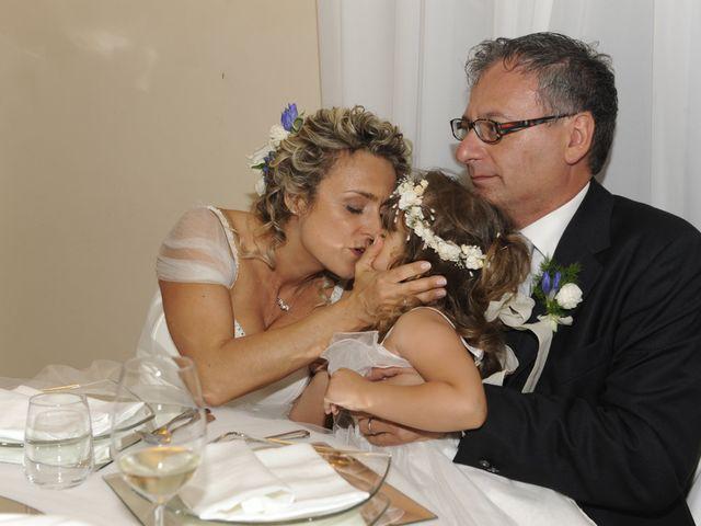 Il matrimonio di Fabrizio e Erica a Mogliano, Macerata 42
