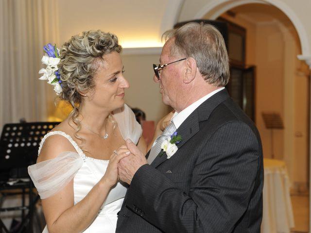 Il matrimonio di Fabrizio e Erica a Mogliano, Macerata 45