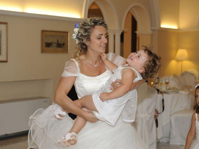 Il matrimonio di Fabrizio e Erica a Mogliano, Macerata 48