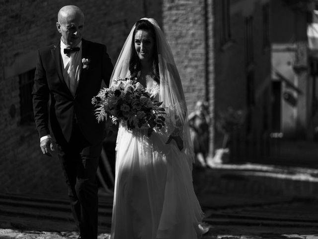 Il matrimonio di Andrea e Ramona a Serrungarina, Pesaro - Urbino 11