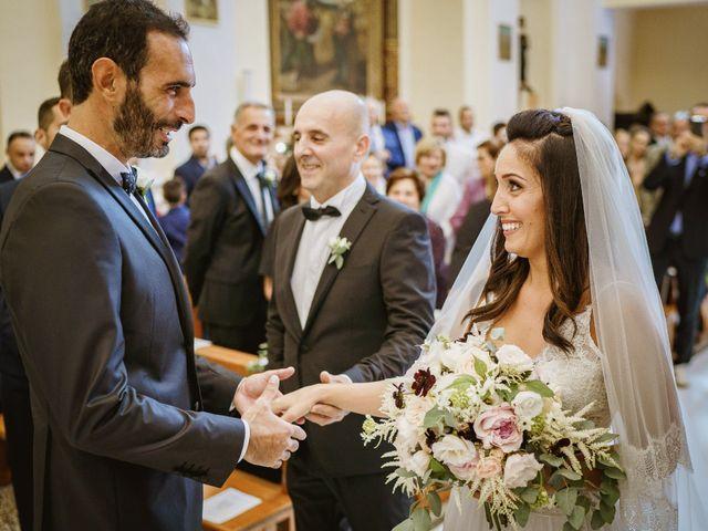 Il matrimonio di Andrea e Ramona a Serrungarina, Pesaro - Urbino 13