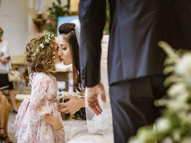Il matrimonio di Andrea e Ramona a Serrungarina, Pesaro - Urbino 15