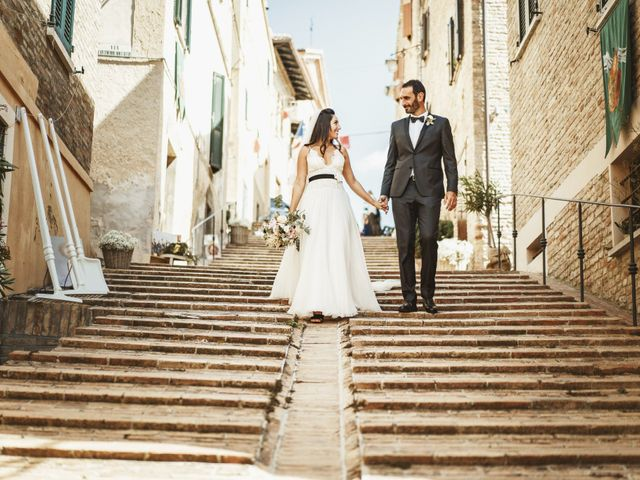 Il matrimonio di Andrea e Ramona a Serrungarina, Pesaro - Urbino 21