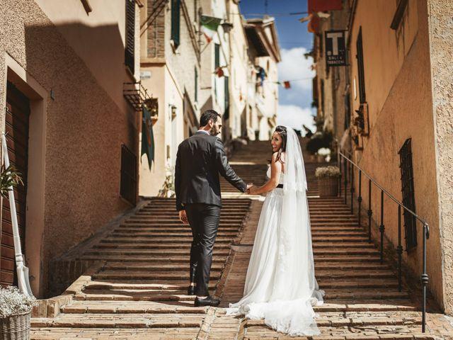 Il matrimonio di Andrea e Ramona a Serrungarina, Pesaro - Urbino 24