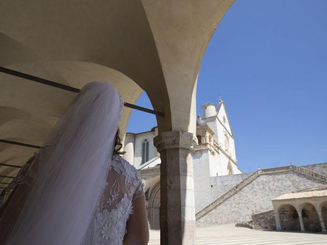 Il matrimonio di Mario e Cristina a Assisi, Perugia 5