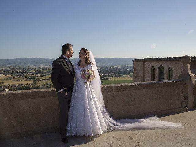 Il matrimonio di Mario e Cristina a Assisi, Perugia 41