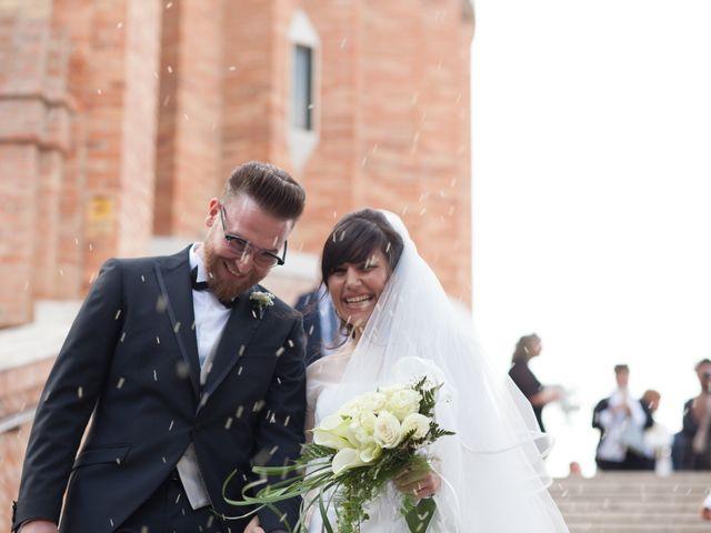 Il matrimonio di Giuseppe e Noemi a Civitanova Marche, Macerata 32