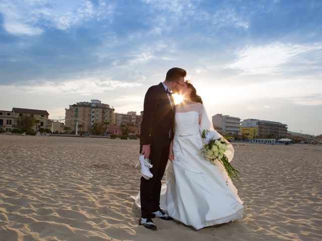 Il matrimonio di Giuseppe e Noemi a Civitanova Marche, Macerata 37