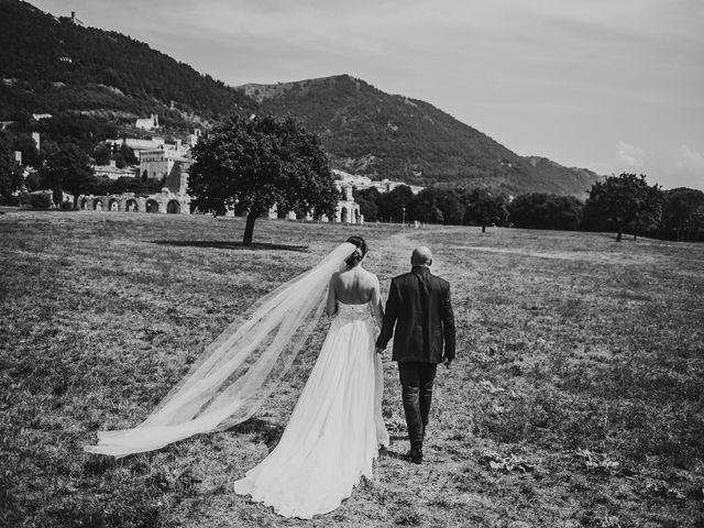 Il matrimonio di Leonardo e Silvia a Umbertide, Perugia 30