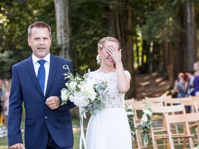 Il matrimonio di Tiziano e Marlene a Civenna, Como 36