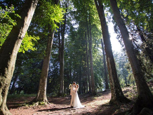 Il matrimonio di Tiziano e Marlene a Civenna, Como 70