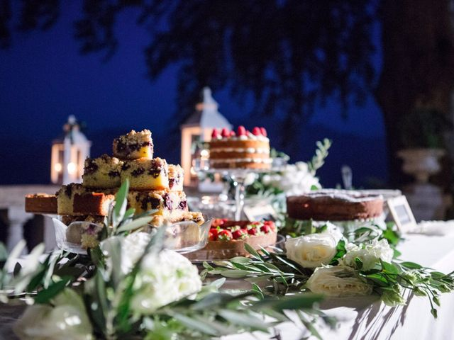 Il matrimonio di Tiziano e Marlene a Civenna, Como 96