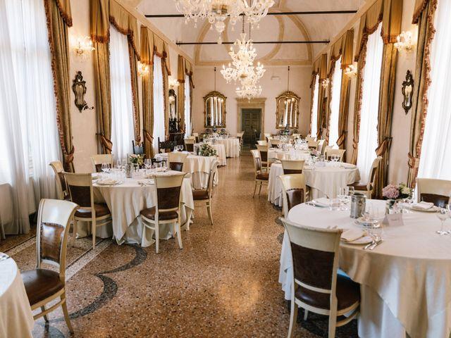Il matrimonio di Mirko e Fabiola a Terrazzo, Verona 17