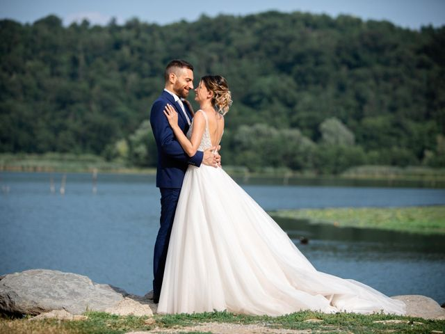 Il matrimonio di Marco e Elena a Erba, Como 16