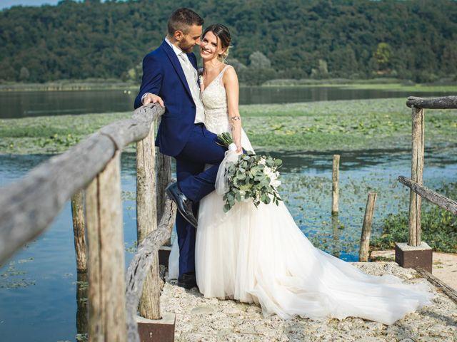 Il matrimonio di Marco e Elena a Erba, Como 19