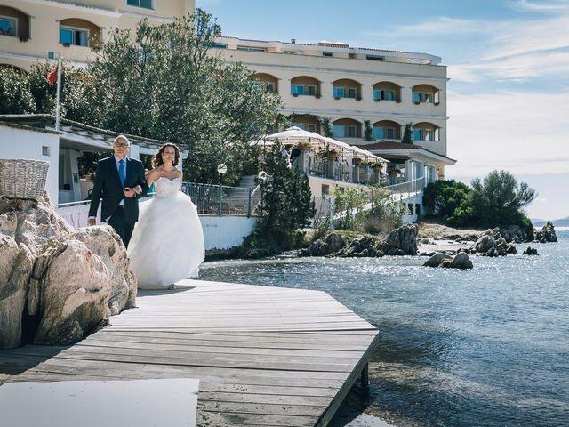 Il matrimonio di Pietro e Sabrina a Golfo Aranci, Sassari 54