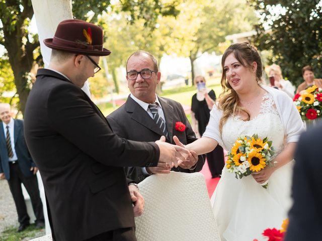 Il matrimonio di Andrea e Elena a Misano di Gera d'Adda, Bergamo 9
