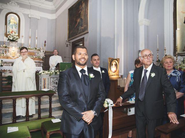 Il matrimonio di Antonio e Giusy a Caiazzo, Caserta 17
