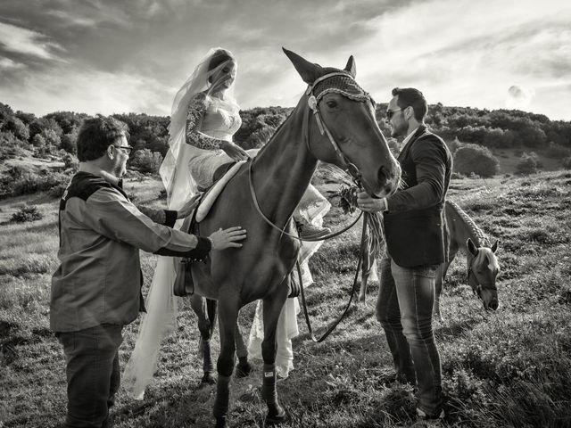 Il matrimonio di Mirko e Sara a Muccia, Macerata 1