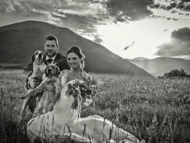 Il matrimonio di Mirko e Sara a Muccia, Macerata 7