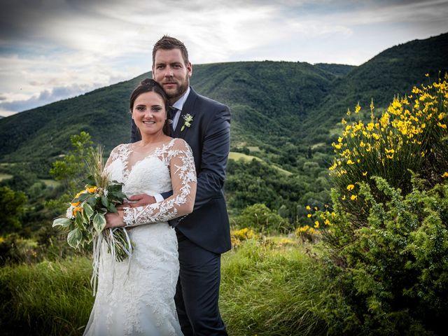 Il matrimonio di Mirko e Sara a Muccia, Macerata 19