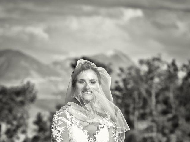 Il matrimonio di Mirko e Sara a Muccia, Macerata 31