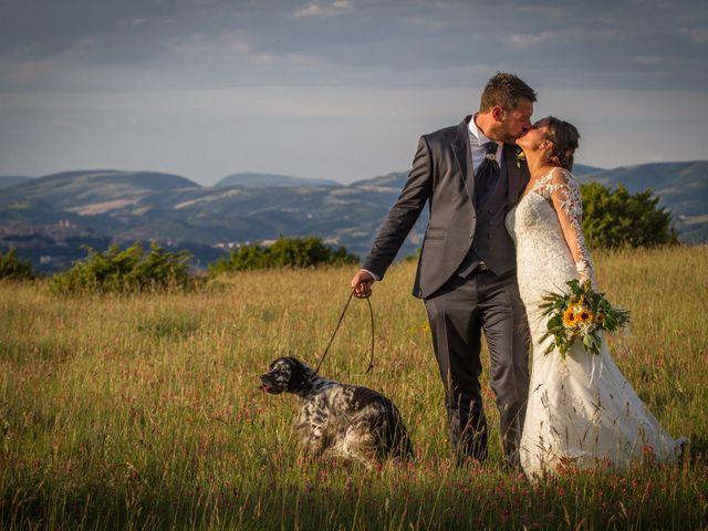 Il matrimonio di Mirko e Sara a Muccia, Macerata 33