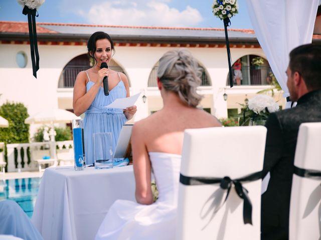 Il matrimonio di Michele e Luana a Montebelluna, Treviso 32