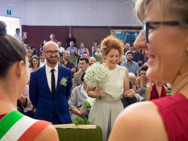 Il matrimonio di Mario e Silvia a Capiago Intimiano, Como 14