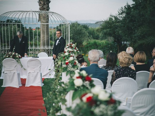 Il matrimonio di Marco e Laura a Lamezia Terme, Catanzaro 14