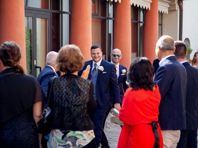 Il matrimonio di Massimo e Laura a Inverigo, Como 12