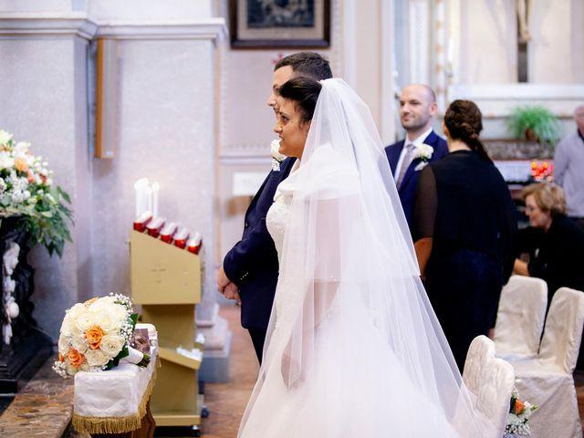 Il matrimonio di Massimo e Laura a Inverigo, Como 16