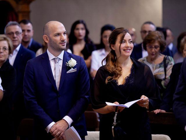 Il matrimonio di Massimo e Laura a Inverigo, Como 17