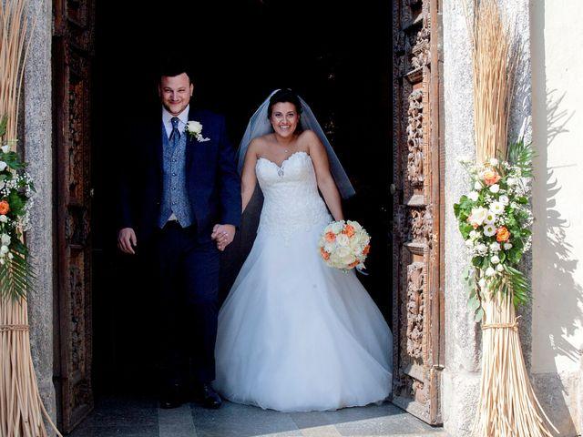 Il matrimonio di Massimo e Laura a Inverigo, Como 26