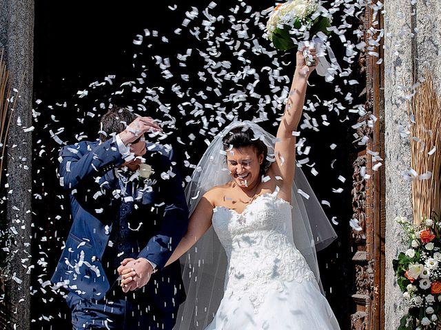 Il matrimonio di Massimo e Laura a Inverigo, Como 27