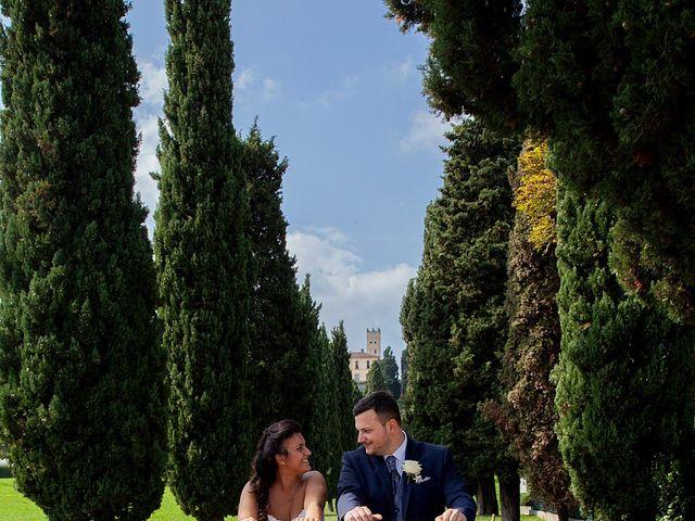 Il matrimonio di Massimo e Laura a Inverigo, Como 32