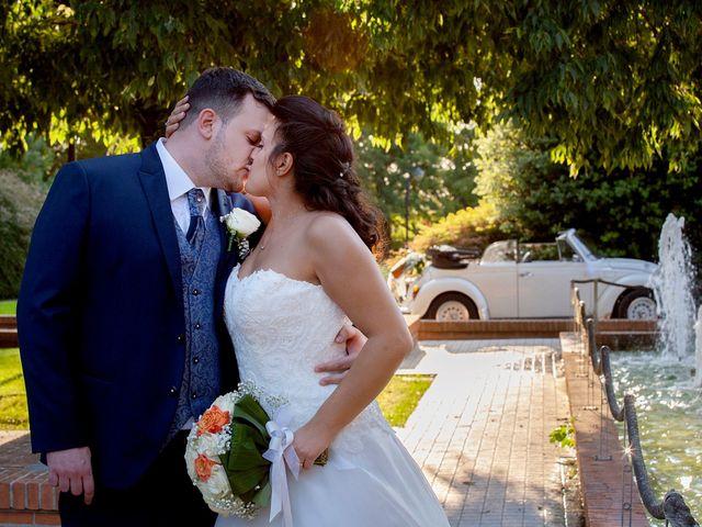 Il matrimonio di Massimo e Laura a Inverigo, Como 49