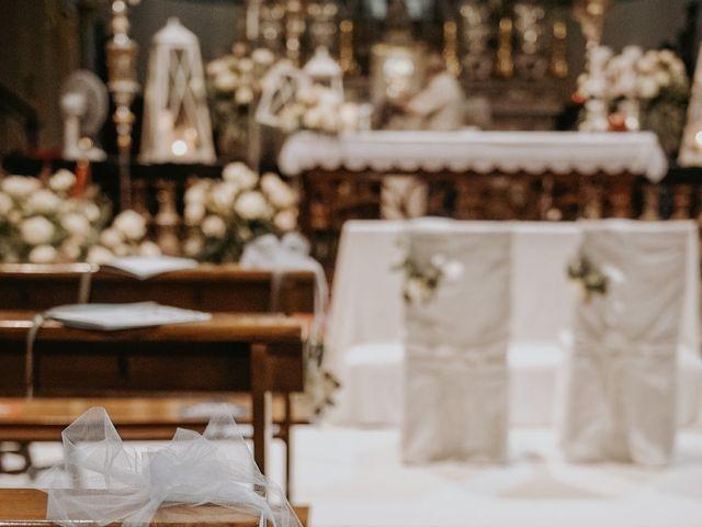 Il matrimonio di Lorenzo e Jessica a Clivio, Varese 17