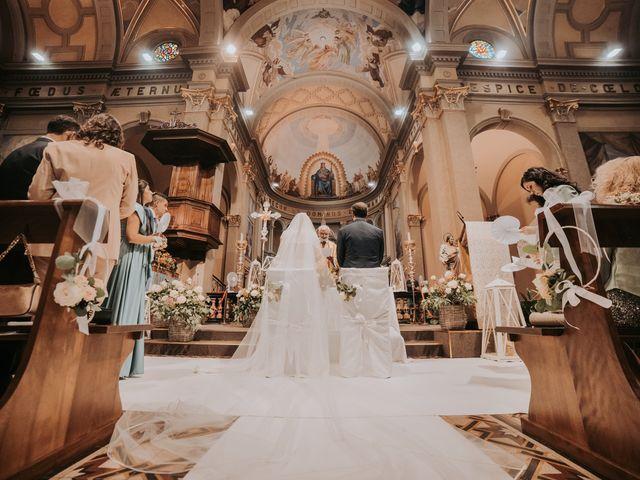 Il matrimonio di Lorenzo e Jessica a Clivio, Varese 19