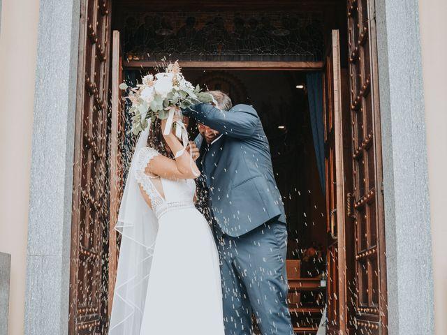 Il matrimonio di Lorenzo e Jessica a Clivio, Varese 26