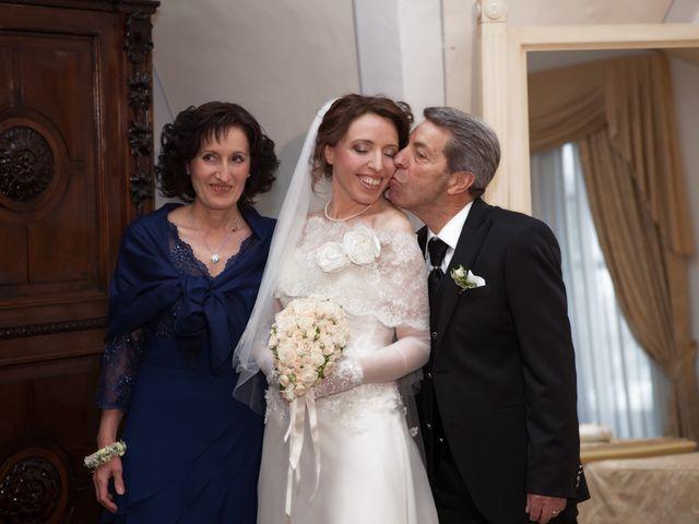 Il matrimonio di Francesco e Raffaella a Loreto Aprutino, Pescara 14