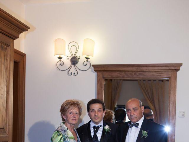 Il matrimonio di Francesco e Raffaella a Loreto Aprutino, Pescara 26